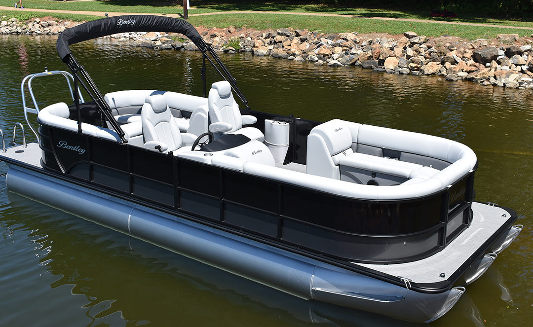 2020 Boat Review: Bentley 243 Navigator